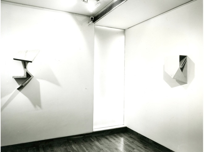 <p>GARTH EVANS Installation View</p>